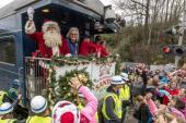 Ricky Skaggs Spreads Christmas Cheer