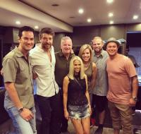 Brett Eldredge Hangs In His Home State