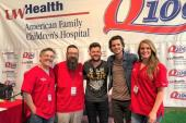 Steve Moakler Hangs With WWQM/Madison, WI