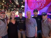 Aaron Watson Hangs With 'Ty, Kelly & Chuck'