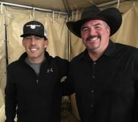 Aaron Watson Catches Up With WQMX/Akron
