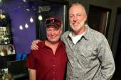 Darryl Worley Honky Tonks With Tracy Lawrence