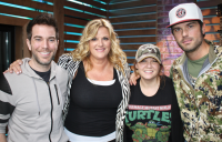 Trisha Yearwood Gets Frank With 'The Ty Bentli Show'